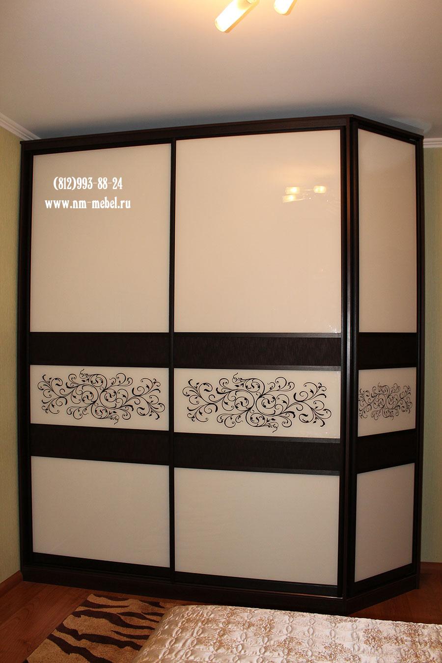 Шкафы купе со вставками